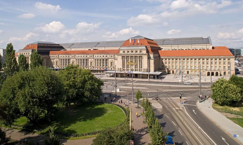 Leipziger Hauptbahnhof Drei Tage Gesperrt Dmm Der
